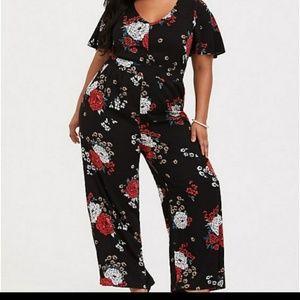 Torrid black floral wide leg jumpsuit size 2